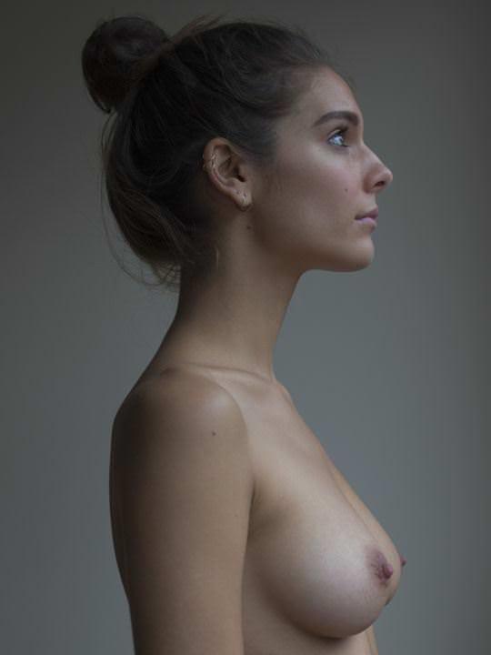 【外人】オーストラリアの女優ケイトリン・ステイシー(Caitlin Stasey)のまんこにぶち込みたくなる巨乳おっぱいポルノ画像 11117