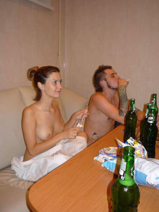 【外人】イギリスの最新サウナでは乱痴気エロパーティーが流行ってるポルノ画像 1274