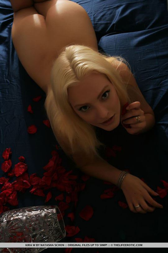 【外人】人気のウクライナ美女のキラ(Kira W)の美しい芸術的なヌードポルノ画像 1334