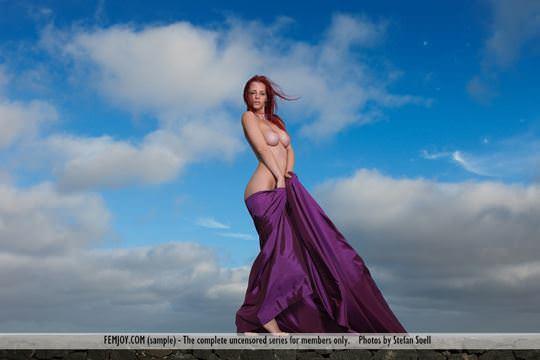 【外人】赤毛巨乳モデルのアリエル(Ariel)が友人誘っておまんこ開放ポルノ画像 2127