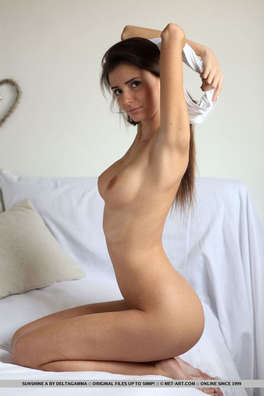 【外人】めっちゃ美人で清楚なロシアン美女のサンシャイン(Sunshine)のパックリまんことおっぱいのポルノ画像 237