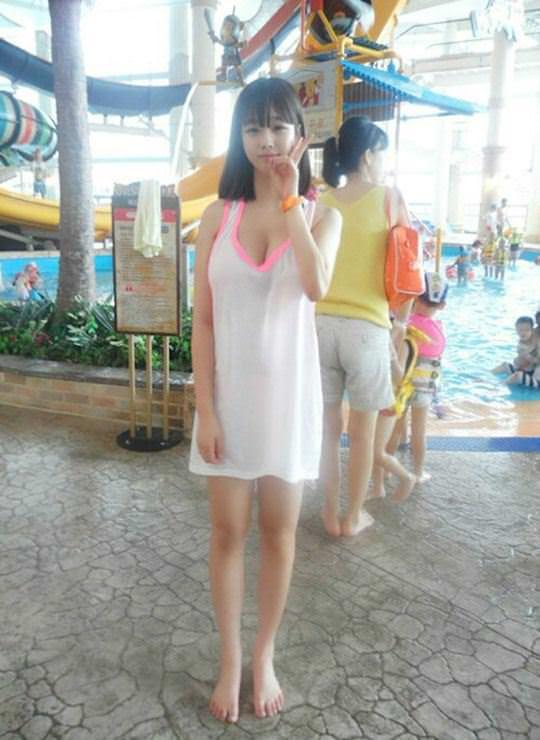 【外人】顔に似合わずめっちゃ巨乳な韓国人の激カワ美少女の自画撮りポルノ画像 260
