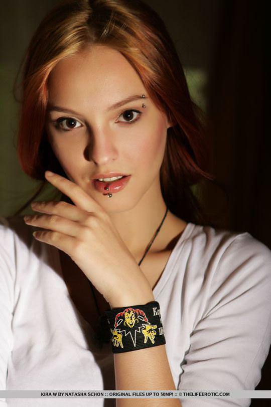 【外人】人気のウクライナ美女のキラ(Kira W)の美しい芸術的なヌードポルノ画像 2718