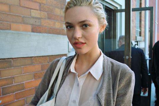 【外人】可愛らしい少女のようなアメリカンモデルのコーラ・キーガン(Cora Keegan)のおっぱいポルノ画像 2724