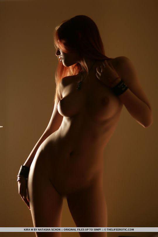【外人】人気のウクライナ美女のキラ(Kira W)の美しい芸術的なヌードポルノ画像 2818