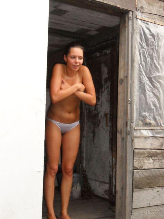 【外人】ロシア人の仲良し素人女子大生5人がサウナでパイパン記念撮影ポルノ画像 2834