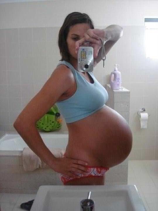 【外人】10代で妊娠してしまった若人妻たちの自画撮りお腹の素人ポルノ画像 3716
