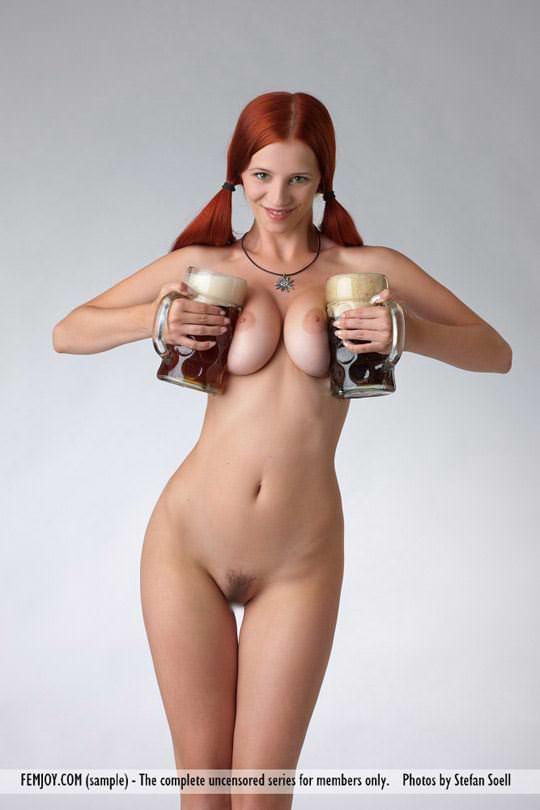 【外人】赤毛巨乳モデルのアリエル(Ariel)が友人誘っておまんこ開放ポルノ画像 376