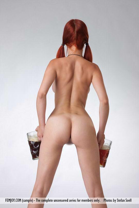 【外人】赤毛巨乳モデルのアリエル(Ariel)が友人誘っておまんこ開放ポルノ画像 386