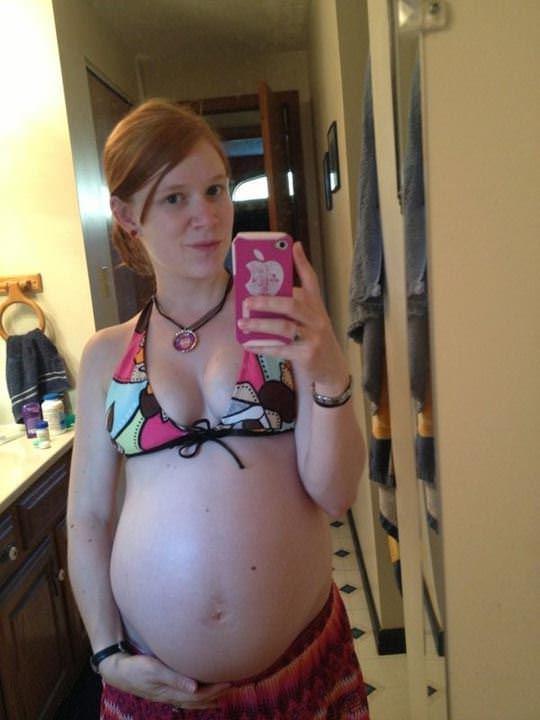 【外人】10代で妊娠してしまった若人妻たちの自画撮りお腹の素人ポルノ画像 4146