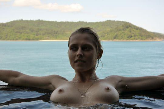 【外人】オーストラリア女優テリーサ・パーマー(Teresa Palmer)のプライベートフルヌードの流出ポルノ画像 415