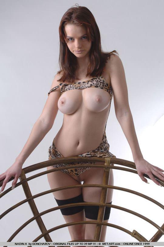 【外人】ウクライナ出身の妖精ナディーン(Nadin)が抜群のプロポーションでヌードを披露するポルノ画像 438