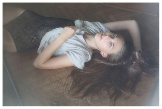 【外人】誰もが認める北欧系美女の芸術的セミヌードポルノ画像 453
