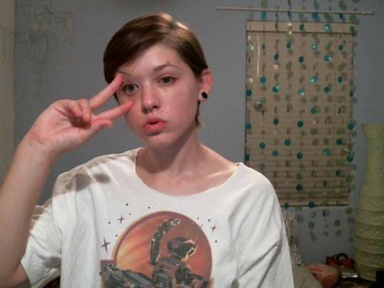 【外人】ロシアのメンヘラ娘のエッチな自画撮りアルバムポルノ画像 502