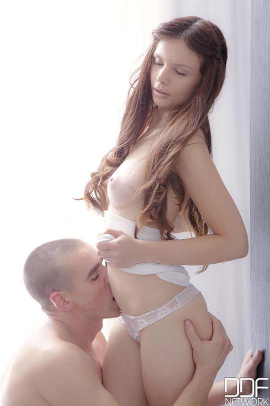 【外人】神々しさ半端ない金髪ブロンドヘアの色白美女のセックスポルノ画像 893