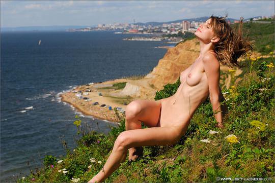 【外人】ロシアン美女のアーニャ(Anya)が可愛すぎて仕方がないシコシコヌードのポルノ画像 964
