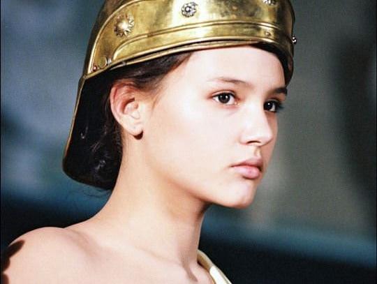 【外人】ロリ顔でめっちゃ可愛いフランス人女優のヴィルジニー・ルドワイヤン(Virginie Ledoyen)の若き日のおっぱいポルノ画像 01117