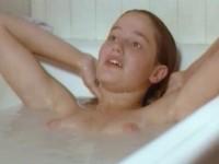 【外人】フランス人女優マリー・ジラン(Marie Gillain)が裸足のマリーで見せたおっぱいポルノ画像