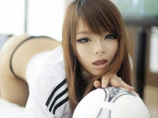 【外人】中国人のセクシーコスプレーヤーのリ・リン(李玲 Li Ling)の手ぶらヌードがめちゃシコなポルノ画像 0113