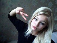 【外人】素人なのにガチ美少女のロリティーンの自画撮りポルノ画像