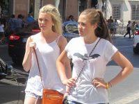 【外人】ローマで街撮りされちゃった女の子たちの着衣エロポルノ画像
