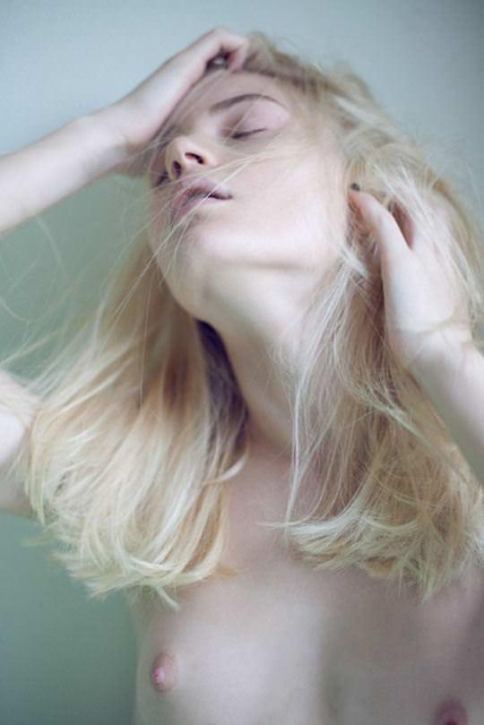 【外人】世界の美女を集めたセクシーヌードポルノ画像 1011