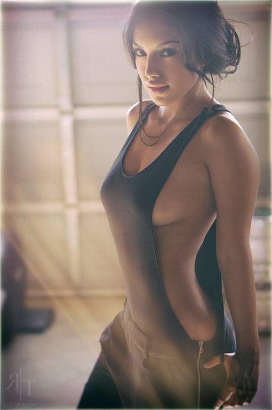 【外人】おっぱい腰お尻に掛けて女達の柔らかい曲線美がエロ過ぎるポルノ画像 1040