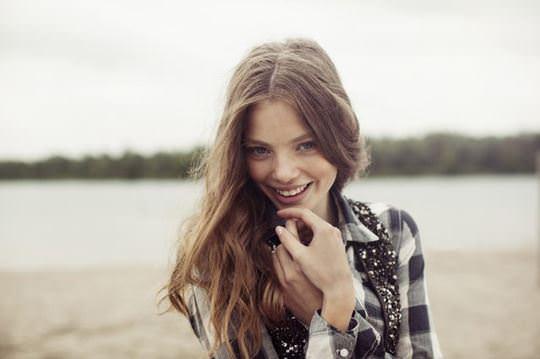 【外人】これぞ美少女顔なロリ娘クリスティン・フローセス(Kristine Froseth)のモデル写真ポルノ画像 1042