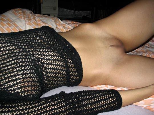 【外人】変態な彼氏が彼女のおっぱいやまんこをネット投稿した素人系ポルノ画像 11126