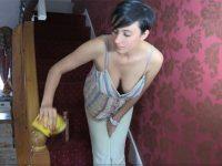 【外人】滝川クリステル似のフランス人美女の胸チラ巨乳おっぱいポルノ画像