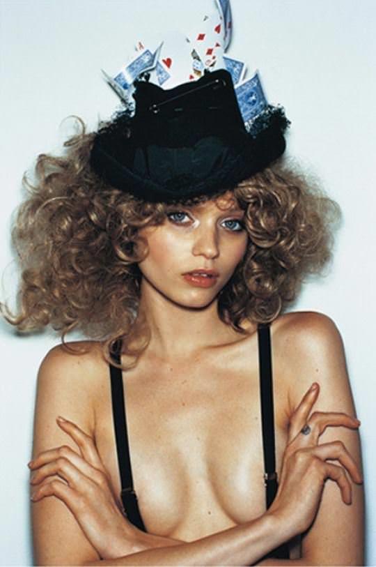 【外人】オーストラリア人モデルのアビー・リー・カーショウ(Abbey Lee Kershaw)が宮崎あおいに激似のおっぱいポルノ画像 1204