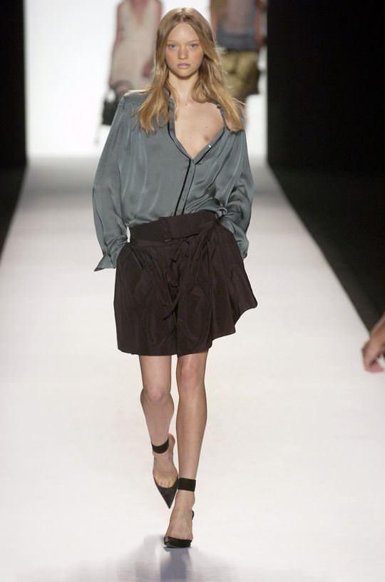 【外人】オーストラリア人モデルのドール顔ジェマ・ワード(Gemma Louise Ward)が貧乳おっぱい乳首チラポルノ画像 1208