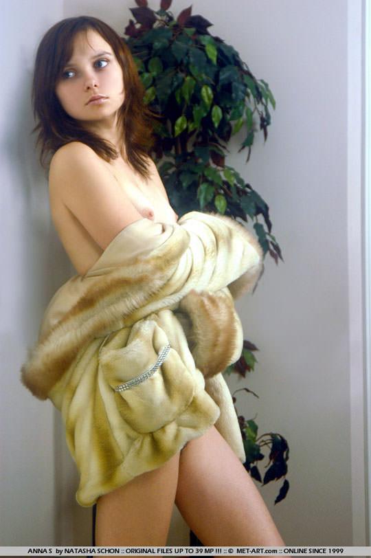 【外人】ロリ顔半端ないアンナ(Anna S)の天使のようなヘアヌードポルノ画像 1232