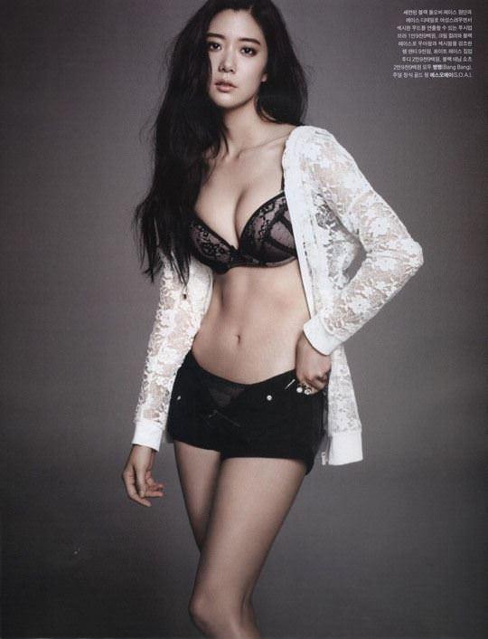【外人】整形大国の韓国人美女のおっぱいが爆乳過ぎてめちゃシコなポルノ画像 1233