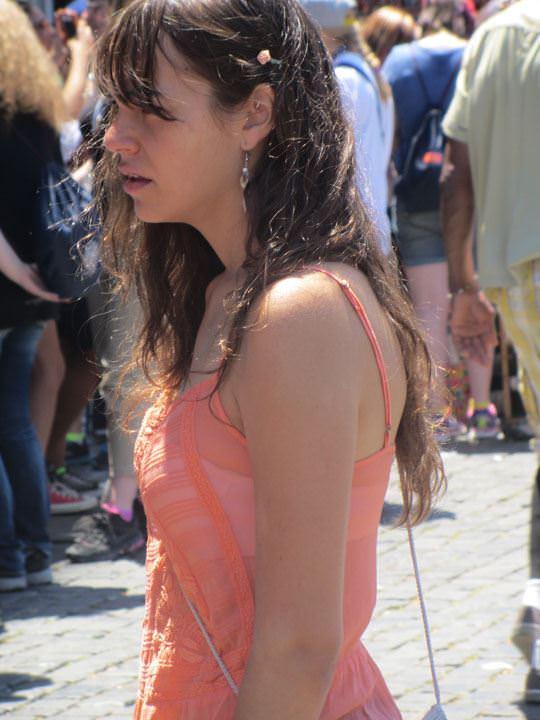 【外人】ローマで街撮りされちゃった女の子たちの着衣エロポルノ画像 133