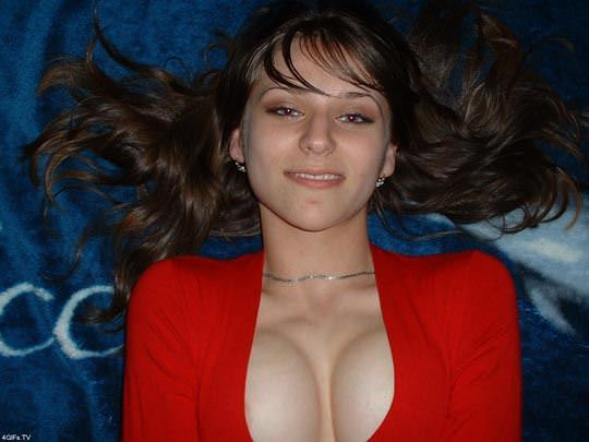 【外人】素人の域を超えてるルーマニア美女の美巨乳おっぱいのポルノ画像 1377