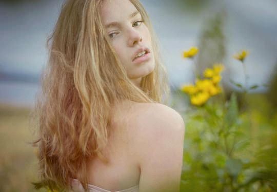 【外人】これぞ美少女顔なロリ娘クリスティン・フローセス(Kristine Froseth)のモデル写真ポルノ画像 1438