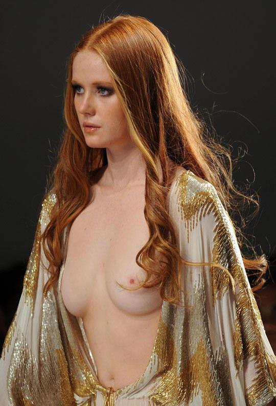 【外人】ドイツ人スーパーモデルのバーバラ・マイヤー(Barbara Meier)の乳首がピンク過ぎるおっぱいポルノ画像 1524