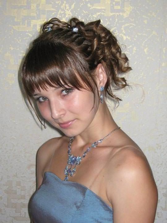 【外人】学校の美人コンテストに出場するロシアン素人美少女の77センチ貧乳バストのポルノ画像 1564