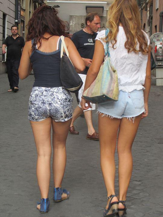 【外人】ローマで街撮りされちゃった女の子たちの着衣エロポルノ画像 163