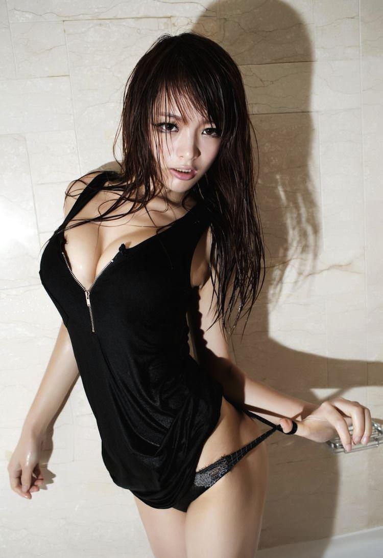 【外人】中国人のセクシーコスプレーヤーのリ・リン(李玲 Li Ling)の手ぶらヌードがめちゃシコなポルノ画像 1710
