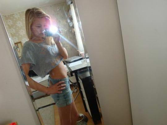 【外人】素人なのにガチ美少女のロリティーンの自画撮りポルノ画像 181