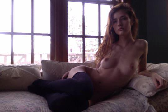 【外人】彼女たちの存在が美しいアートな海外美女達のセミヌードポルノ画像 2029
