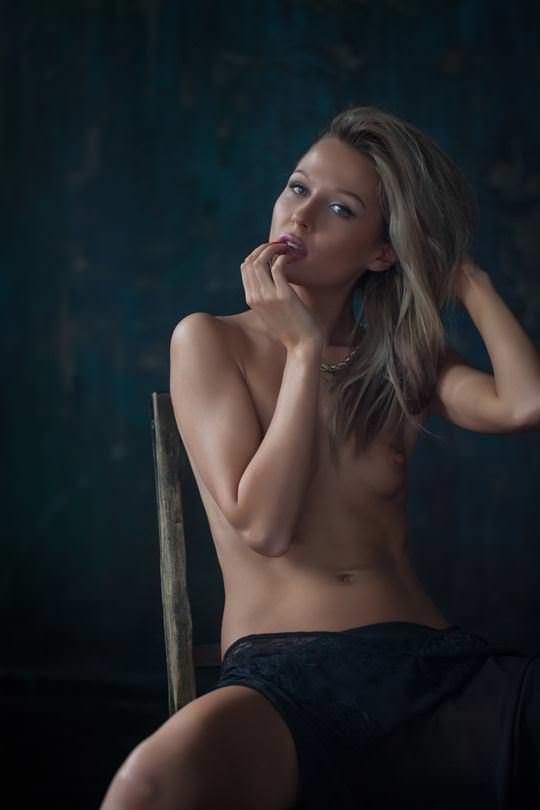 【外人】世界的巨匠カメラマンが撮影した海外美女のヌードポルノ画像 2041