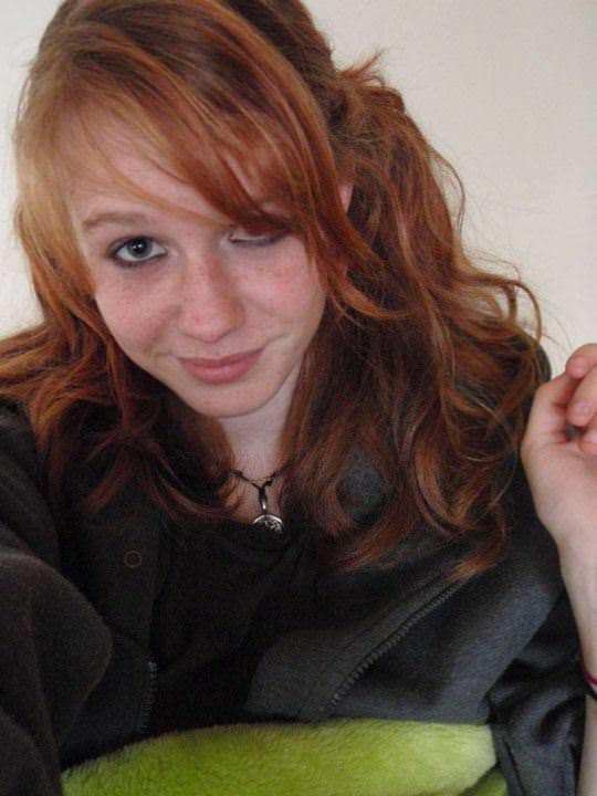 【外人】すっぴんでも可愛い赤毛巨乳女の自画撮りポルノ画像 2106
