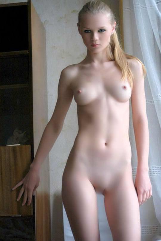 【外人】おっぱい腰お尻に掛けて女達の柔らかい曲線美がエロ過ぎるポルノ画像 2131