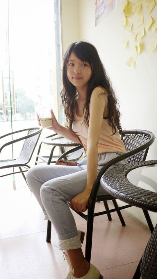 【外人】中国人の超絶美少女ひよこちゃんが童顔ロリ顔過ぎて26歳に見えないポルノ画像 2144