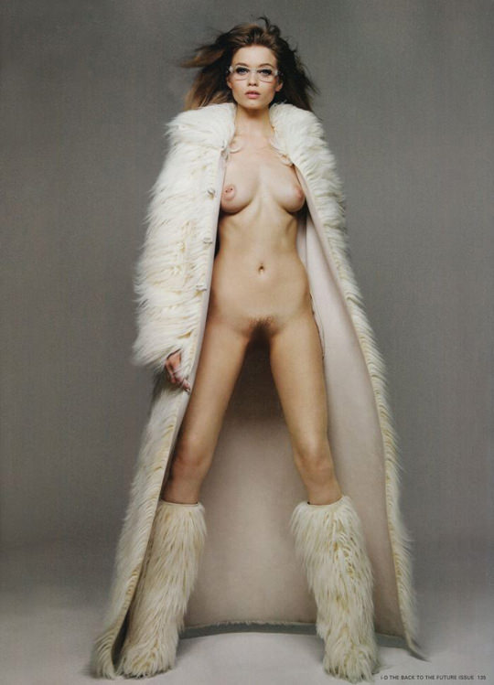【外人】オーストラリア人モデルのアビー・リー・カーショウ(Abbey Lee Kershaw)が宮崎あおいに激似のおっぱいポルノ画像 2164