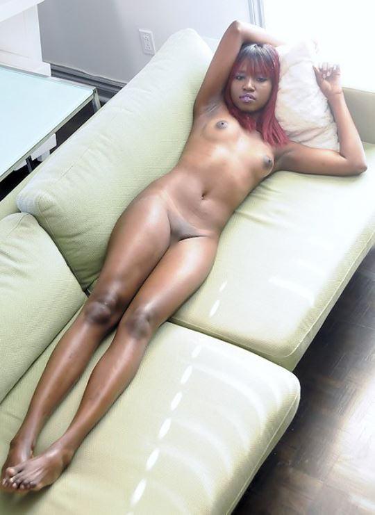 【外人】黒光りした裸体が神々しい黒人美女たちのセクシーおっぱいヌードポルノ画像 2168