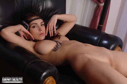 【外人】エヴェリーナ(Evelina)の芸術的美巨乳おっぱいヌードポルノ画像 2207